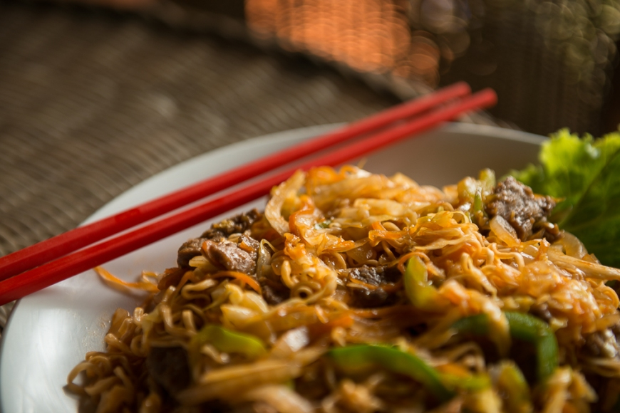 Beef Fried Noodles with chopsticks, Kep, Cambodia, Indochina, Asia
