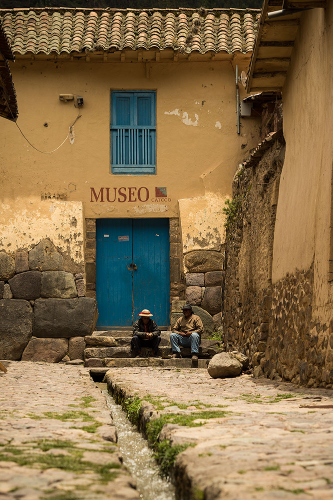 Street scene, Ollantaytambo, Sacred Valley, Peru