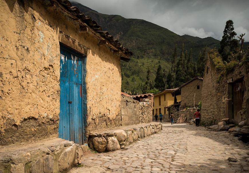 Traditional Cobbled streets, Ollantaytambo, Sacred Valley, Peru
