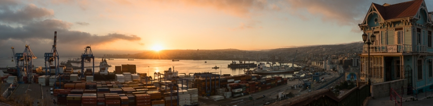 View of city and ports at dawn from Paseo 21 de Mayo, Cerro Playa Ancha, Valparaíso, Central Coast, Chile