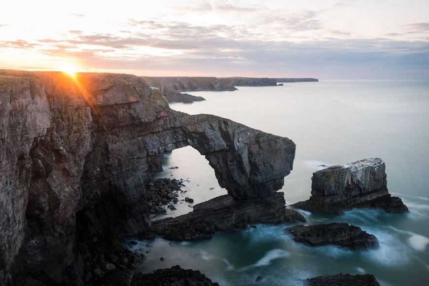 Dawn at Green Bridge of Wales, Pembrokeshire Coast National Park, Wales, UK