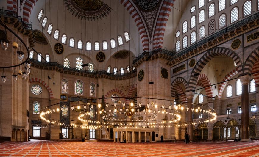 Interior of Süleymaniye Mosque, Istanbul, Turkey