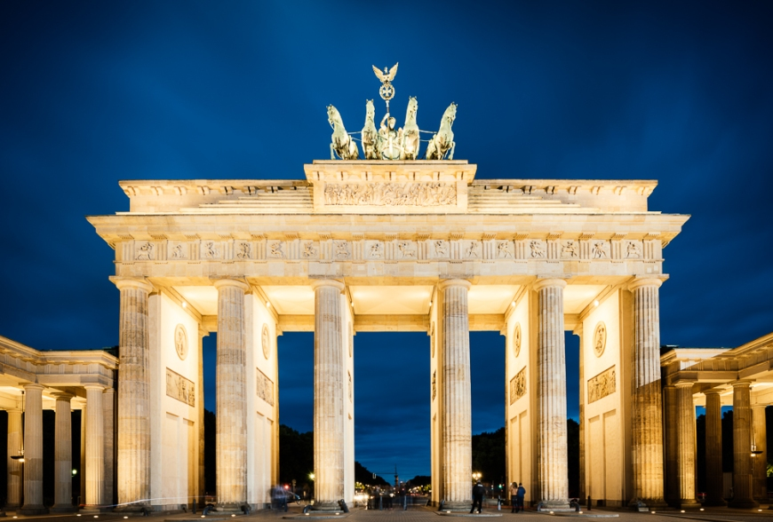 Brandenburg Gate (Tor) at night, Berlin, Germany, Europe
