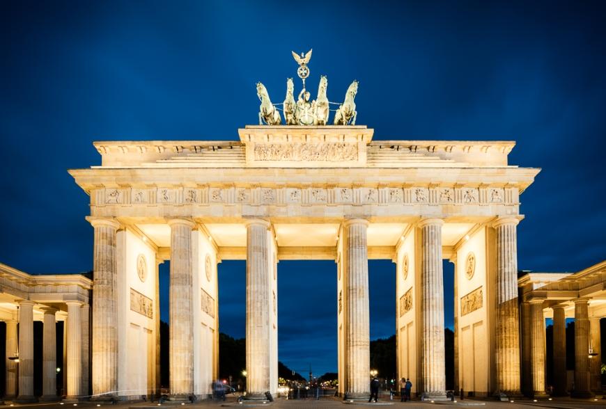 Brandenburg Gate (Tor) at night, Berlin, Germany, Europe