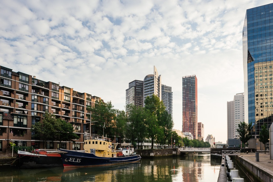 The Red Apple, Wijnhaven ,Rotterdam, Netherlands