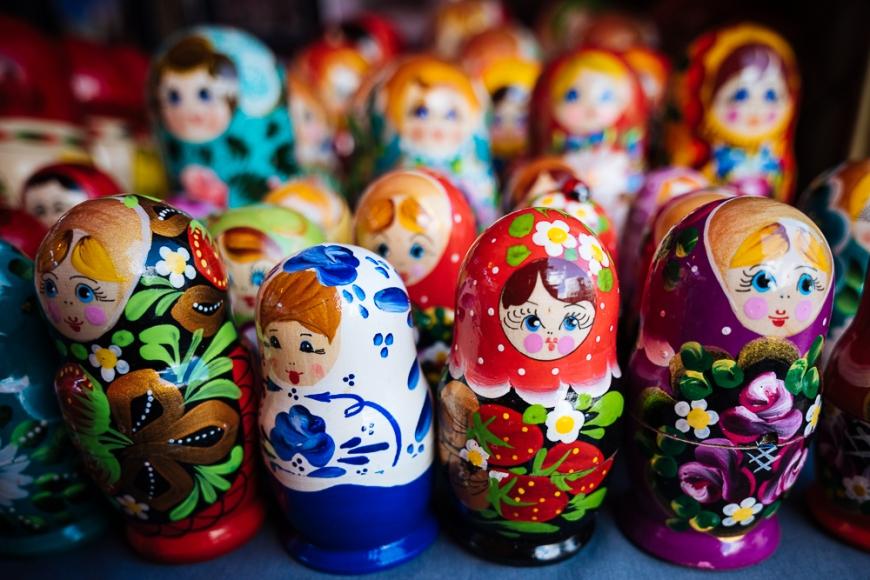 Souvenir Russian dolls for sale, Old Town, Tallinn, Estonia, Europe