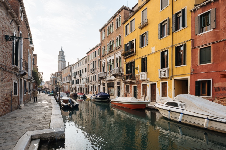 Canal, Dorsoduro, Venice, Veneto Province, Italy, Europe