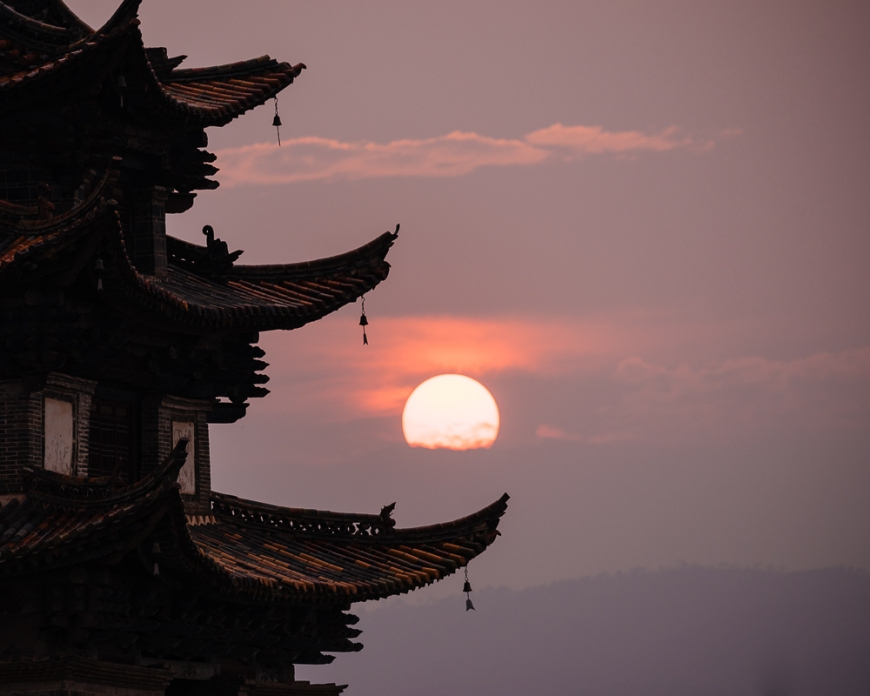 Twin Dragon Bridge at sunset, Jianshui, Yunnan Province, China