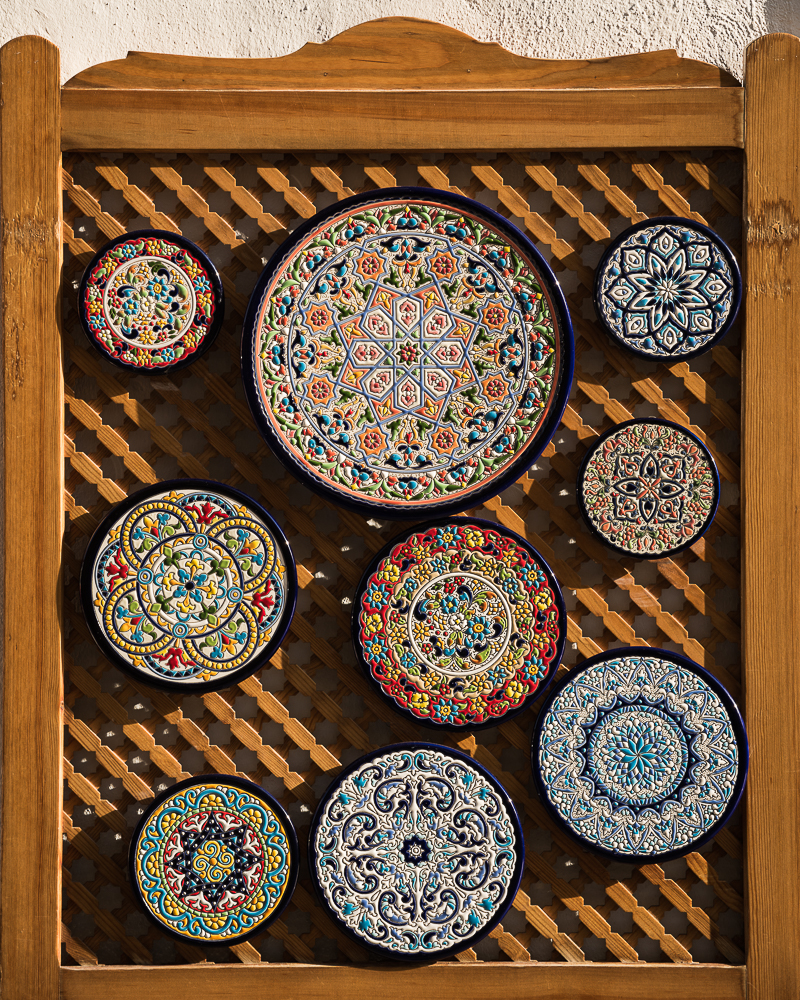 Traditional plates for sale, Cordoba, Andalucia, Spain