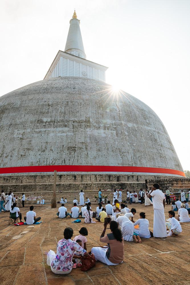 Ruwanweli Saya Dagoba (Golden Sand Stupa), Anuradhapura, North Central Province, Sri Lanka, Asia