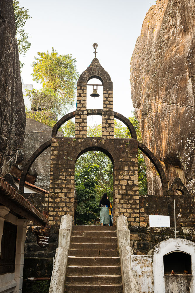 Aluviharaya Rock Cave Temple, Central Province, Sri Lanka, Asia