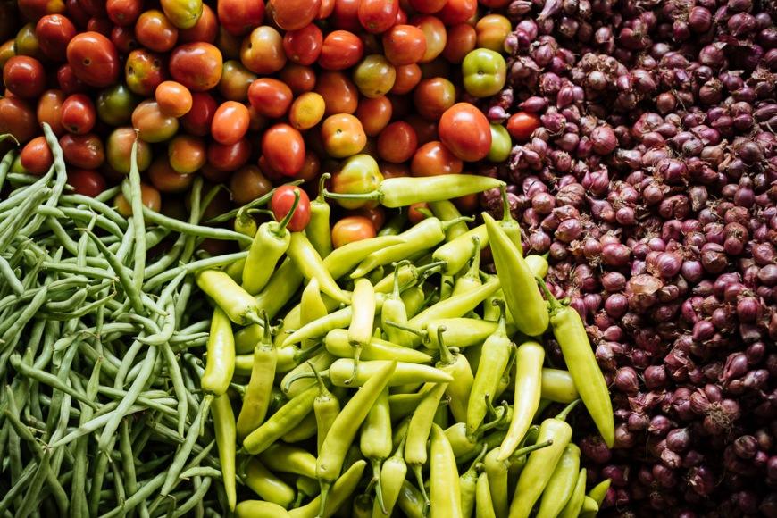 Vegetables on display in Jaffna Market, Jaffna, Northern Province, Sri Lanka, Asia
