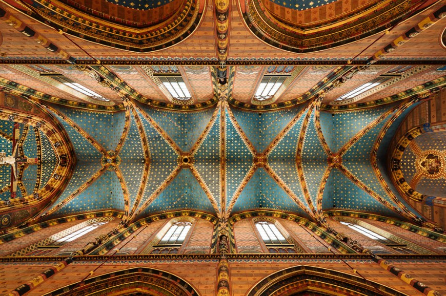 Interior of Saint Mary's Basilica (Bazylika Mariacka), Krakow, Malopolskie, Poland, Europe