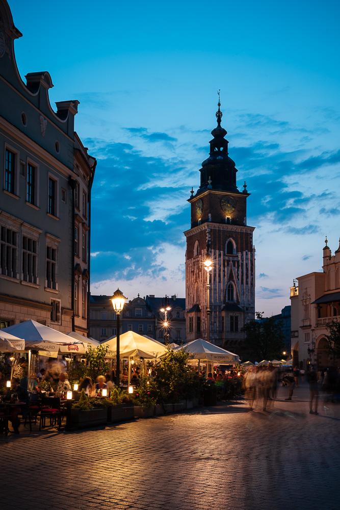 Rynek Glowny (Market Square) at dusk, Krakow, Malopolskie, Poland, Europe