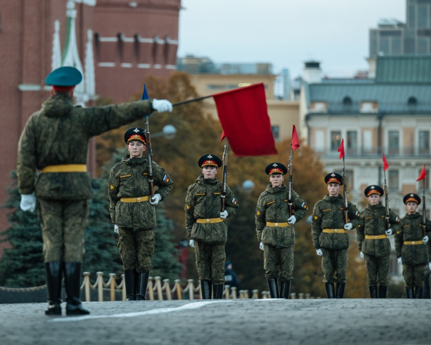 Soldiers doing drills in Red Square, Moscow, Moscow Oblast, Russia